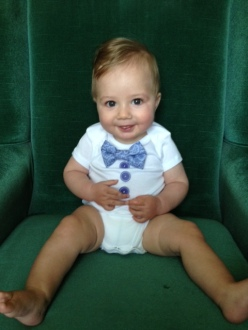My squishy baby rockin the onsie!